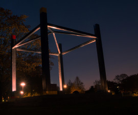foto Klanksteen bij nacht