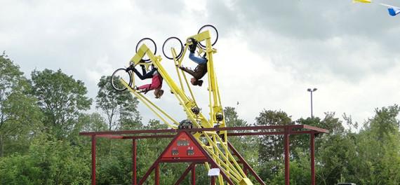 Looping bike (slider)
